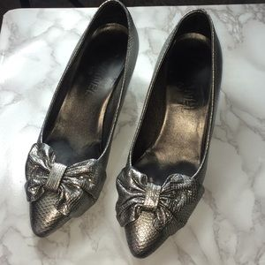 Chanel gunmetal pumps heels bows